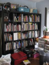 Minimalism advocates for less clutter