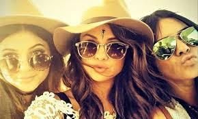 Bindis made their debut for white girls at Coachella. Basic status: achieved.